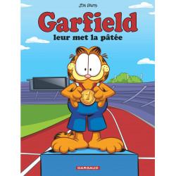 GARFIELD - LEUR MET LA PÂTÉE